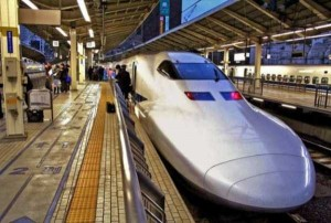 Japan's Superfast Futuristic Trains (31 photos) 6