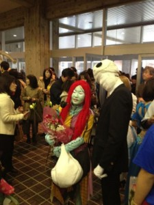 Just An Ordinary Graduation Day In Japan (16 photos) 12