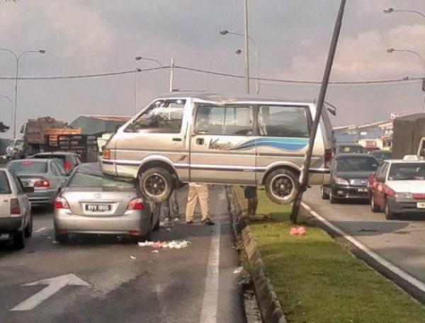 crazy-car-crashes-1