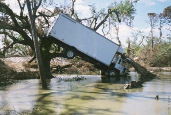 crazy-car-crashes-6