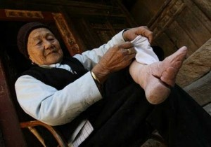 Bizarre Foot Binding In China (19 photos) 18