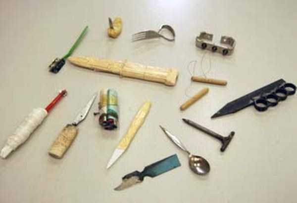 illegal-things-found-in-prisons (13)