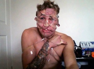 Sellotape Selfies Are the Latest Internet Trend (35 photos) 17