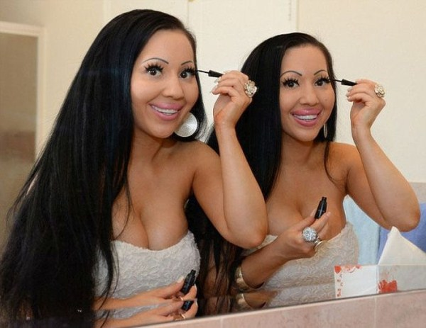 Silicone Twin Sisters (24 photos) 17