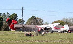 Skydiver Gets Hit by a Plane (15 photos) 11