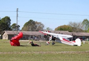 Skydiver Gets Hit by a Plane (15 photos) 12