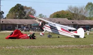 Skydiver Gets Hit by a Plane (15 photos) 14