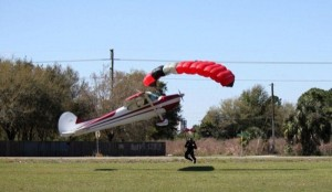 Skydiver Gets Hit by a Plane (15 photos) 4