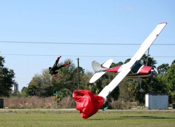 skydiver-gets-hit-by-a-plane-6