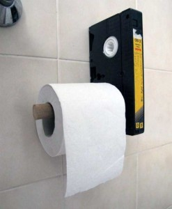Unconventional Toilet Paper Holders (37 photos) 24