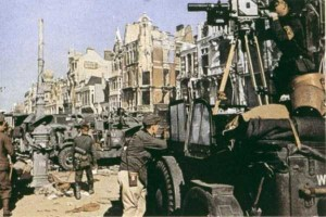 40 Color Photos of the German Troops During WWII (40 photos) 14