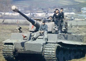 35 Extremely Rare Color Photos of the German Troops In WWII (35 photos) 25