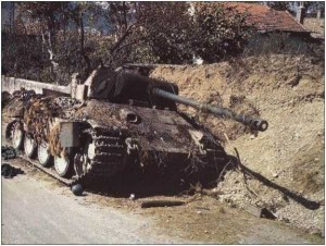 35 Extremely Rare Color Photos of the German Troops In WWII (35 photos) 26