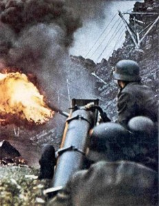 35 Extremely Rare Color Photos of the German Troops In WWII (35 photos) 28