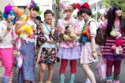 bizarre_fashion_trends_of_the_japanese_youth (1)