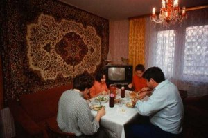 Russians Are Crazy About Carpets (32 photos) 3