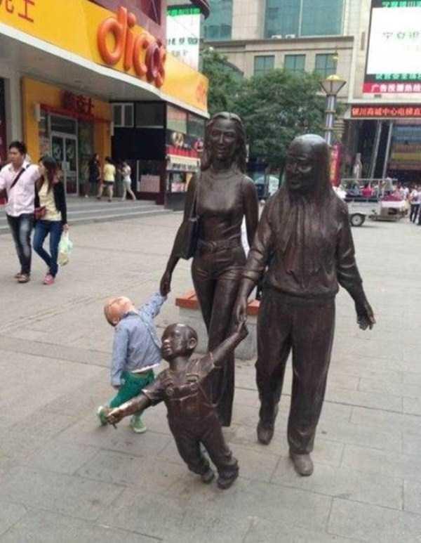 fun-statues-18