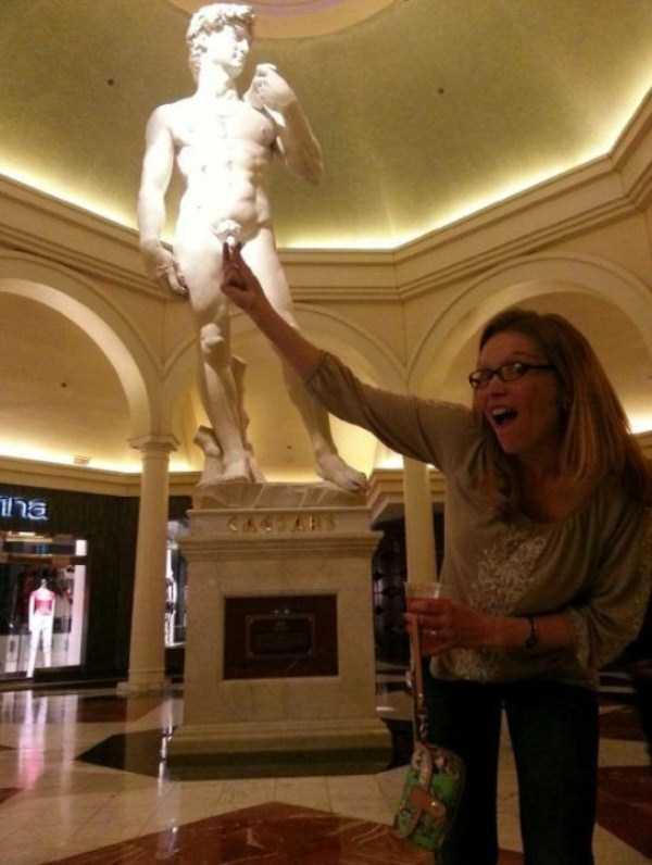 fun-statues-37