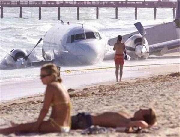 funny-beach-pics (17)