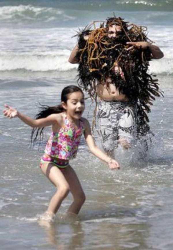 funny-beach-pics (33)