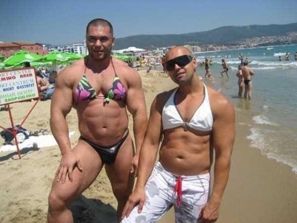 funny-beach-pics (38)