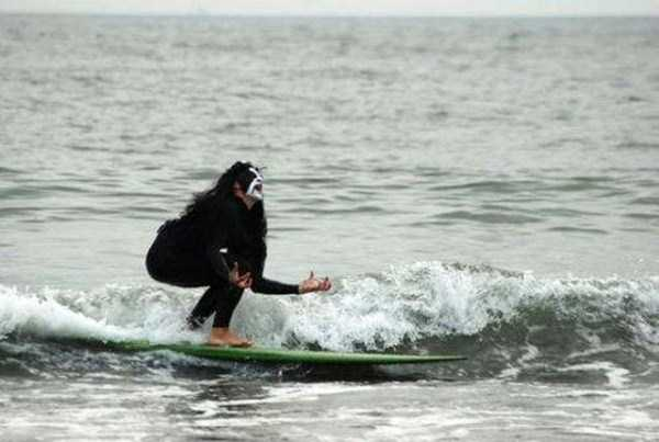 funny-beach-pics (9)