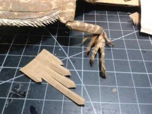Bearded Dragon Made Entirely of Cardboard (24 photos) 12