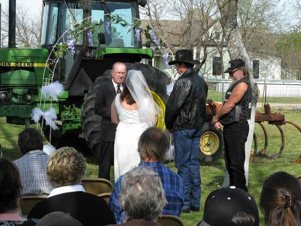 redneck-weddings (10)