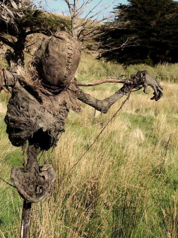 scary-scarecrow-1