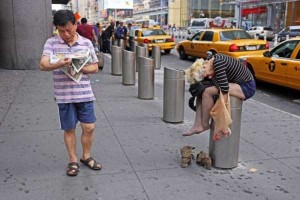 Strange People On The Streets Of New York (31 photos) 12