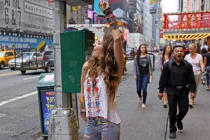 Strange People On The Streets Of New York (31 photos) 19