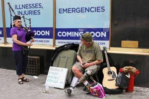 Strange People On The Streets Of New York (31 photos) 5
