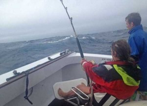 Biggest Bluefin Tuna Ever Caught by a Woman (6 photos) 1