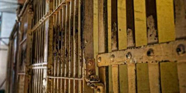 10 Notorious Prisons Around the World (10 photos) 11