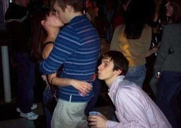 Awkward-Nightclub-Pics (3)