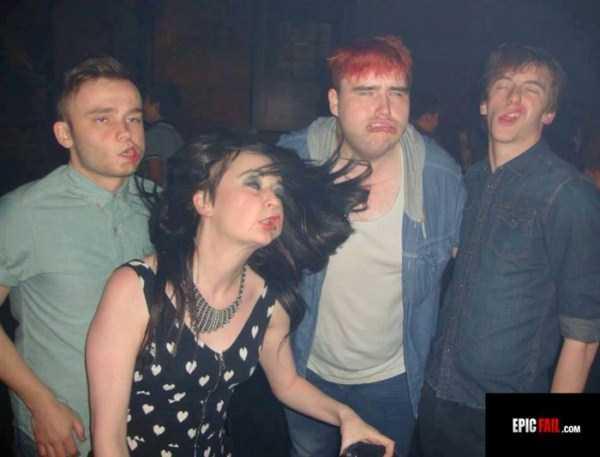 Awkward-Nightclub-Pics (6)