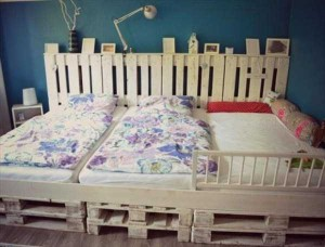25 Brilliant DIY Ways of Reusing Old Pallets (25 photos) 15