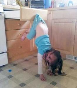 Kids Getting Stuck in Various Things (37 photos) 28