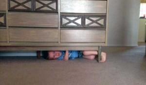 Kids Getting Stuck in Various Things (37 photos) 3