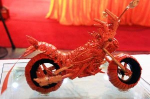 Impressive Motorcycle Made from Lobster Shells (8 photos) 2