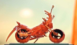 Impressive Motorcycle Made from Lobster Shells (8 photos) 5
