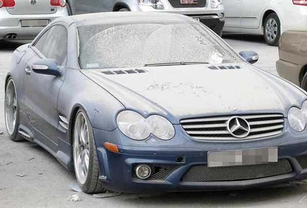 carros de luxo abandonados em dubai 10 abandonado e esquecido Supercars em Dubai (27 fotos)