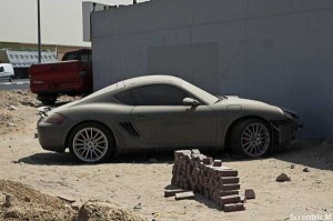 Abandoned And Forgotten Supercars In Dubai (27 photos) 3