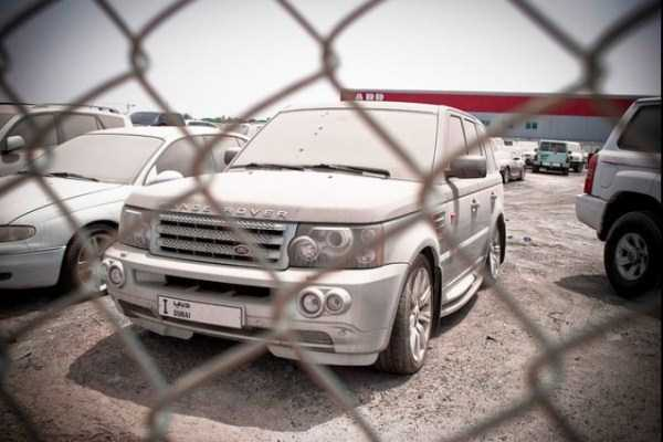 abandoned-luxury-cars-in-dubai-6