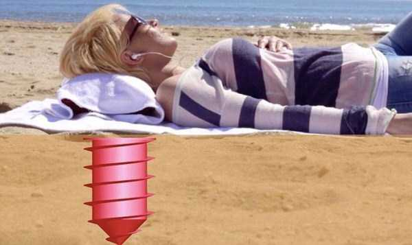 awesome-invention-for-hiding-valuables-on-the-beach-5