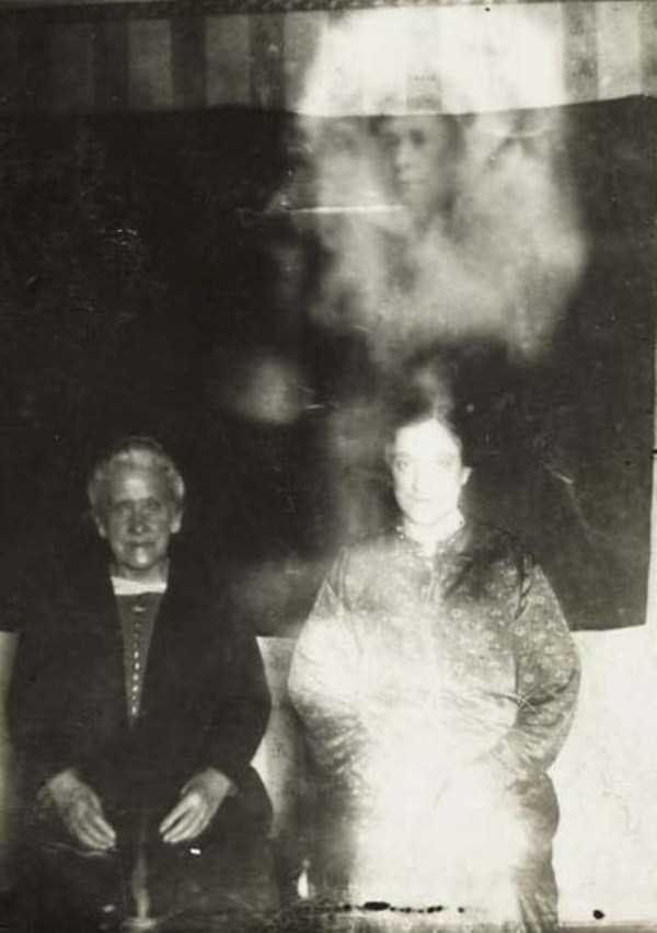 creepy-pics-from-the-past (13)