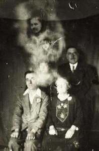 Really Creepy Photos From 1920's (23 photos) 15
