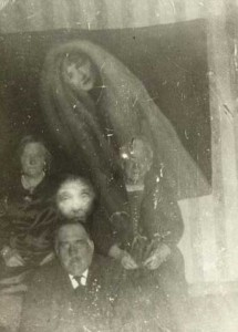 Really Creepy Photos From 1920's (23 photos) 16