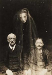 Really Creepy Photos From 1920's (23 photos) 17
