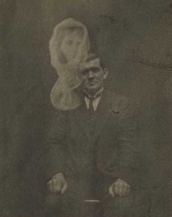 creepy-pics-from-the-past (20)
